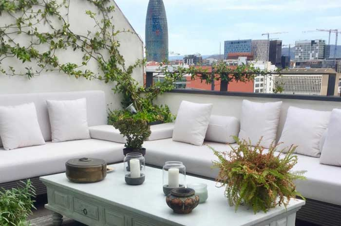 decoració terrassa Poble Nou