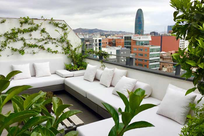 restyling de terraza en Poble Nou